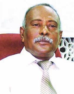 اختيار مبارك سالمين رئيساً لاتحاد الأدباء والكتاب اليمنيين