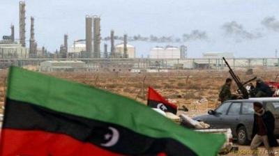 ليبيا تحذر من شراء النفط من موانئ خارج سيطرتها