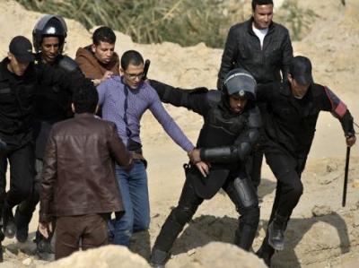 الحرية والعدالة يدين ظروف الاحتجاز بمصر