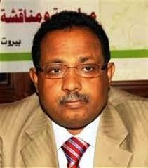 عاجل : الحديدة : محافظ المحافظة يوجه بتوقيف مدير عام الآراضي ويحيله للنيابة للتحقيق