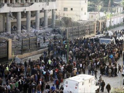 قتلى بتفجيرات في القاهرة وتشديدات أمنية بالمحافظات