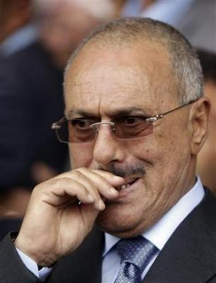 """الرئيس السابق """"صالح """" يفتح النار على هادي وبنعمر"""