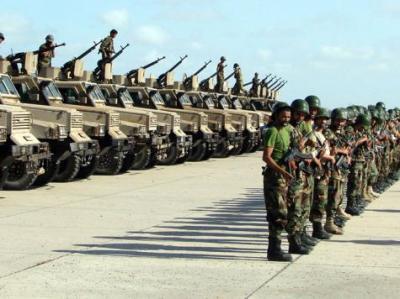 عاجل  : عمران  : إ ستعدادات أمنية كبيرة وقائد اللواء 310 ينشر الدبابات والمصفحات على شوارع ومداخل مدينة عمران تحسباً لأي طارئ قد يحدث