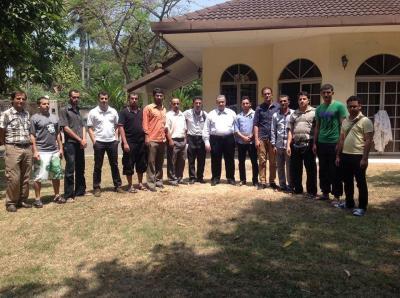 الطلاب اليمنيين في ماليزيا في بيانهم رقم 3 سنفصل : خلال يومين إذا لم يتم سداد ما علينا من رسوم للجامعة التكنلوجية الماليزية