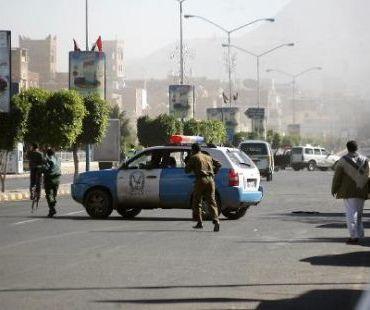 مسلحون يختطفون مدرّساً بريطانياً من أمام مقر عمله وسط صنعاء