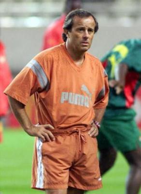 الكونجو تقيل المدرب لوشانتر بعد هزيمة بتصفيات كأس العالم