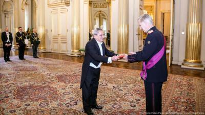 السفير محمد طه مصطفى يقدم أوراق أعتماده سفيراً لبلادنا لدى مملكة بلجيكا