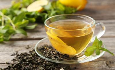 تناول الشاي الأخضر يقوي المهارات العقلية