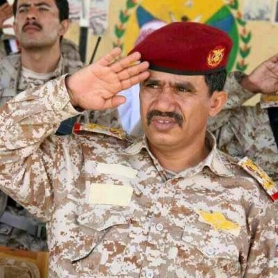 """لماذا تراجع الرئيس هادي عن قرار تعيين العميد """" الضراب """" كقائداً لأركان المنطقة العسكرية الأولى واستبدله بالعميد """" أبو عوجا"""""""