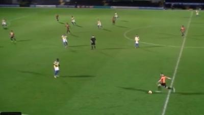 بالفيديو .. لاعب إنجليزي يسجل هدفا عابرا للقارات