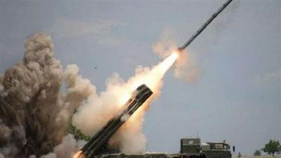 إطلاق صاروخ باليستي على خميس مشيط