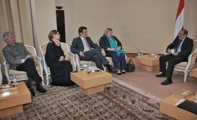 الفريق علي محسن الأحمر يلتقي رئيسة بعثة الإتحاد الأوروبي( صوره)
