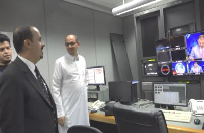 وزير الاعلام يتفقد قناة عدن بمقرها المؤقت بمدينة جدة