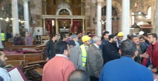 25 قتيلاً وعشرات الجرحى بانفجار استهدف كاتدرائية الأقباط وسط القاهرة