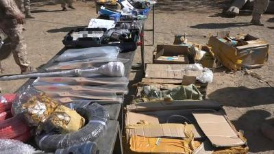شاهد بالصور والفيديو .. قوات الجيش بمأرب تضبط شحنة طائرات تجسس كانت في طريقها للحوثيين