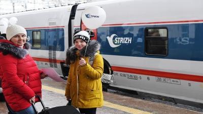 إطلاق أول قطار سريع يصل موسكو ببرلين .. صور + فيديو