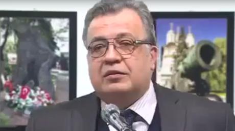 بالفيديو.. لحظة إطلاق النار على السفير الروسي في أنقرة