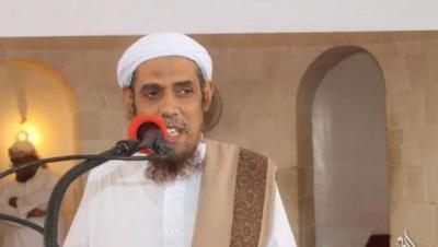 السلطات الأمنية بحضرموت تفرج عن داعية سلفي بارز وعضو علماء أهل السنة بعد 8 أشهر من اعتقاله