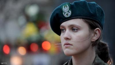 """تعرف على أكثر نساء الجيوش """"جاذبية"""" حول العالم"""