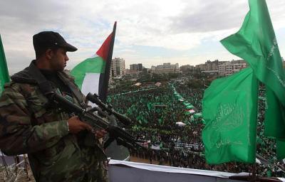 """وفد صهيوني يرقص في البحرين و""""حماس"""" تستنكر التطبيع (فيديو)"""