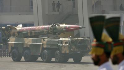 الدفاع الباكستانية  توجة تحذيرا نوويا لإسرائيل