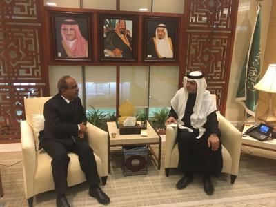 وزير التعليم العالي اليمني يلتقي نظيره السعودي