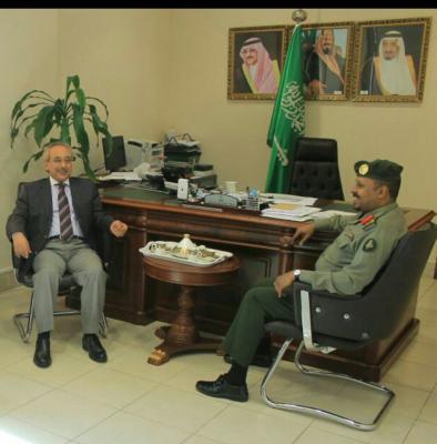 القنصل العام لليمن بمدينة جدة السعودية يُبشر المقيمين اليمنيين من حملة هوية زائر بالبدء بإجراءات إصدار إقامة نظامية
