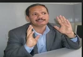 """تفاصيل محاولة الإعتداء الذي تعرض له رئيس نقابة هيئة التدريس بجامعة صنعاء الدكتور """" الظاهري"""" وتهديده بالتصفية الجسدية"""