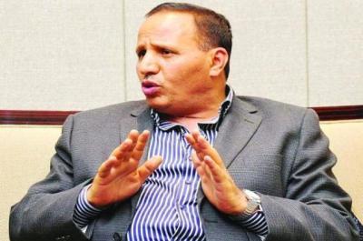 الحكومة تبدأ إجراءاتها بشأن صرف المرتبات في أول محافظة خاضعة لسيطرة الحوثيين