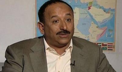 محافظ تعز: سننجز تحرير اليمن بالقوة أو بالتفاوض