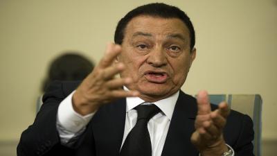 """حسني مبارك : جزيرتي """"تيران وصنافير"""" تتبعان السيادة السعودية"""