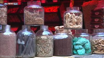 المصريون يعودون للأعشاب بسبب إرتفاع أسعار الدواء