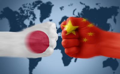 اليابان تدعو الصين إلى مبارزة بالدولارات
