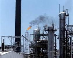 ترتيبات أمنية لإعادة شركات النفط العالمية إلى اليمن ( تفاصيل)