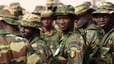 الجيش السنغالي يدخل غامبيا بعد دعم مجلس الأمن