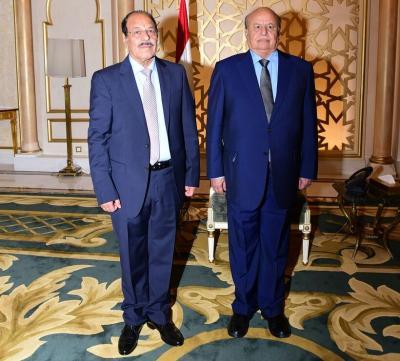 الفريق علي محسن الأحمر يهنئ الرئيس هادي بمناسبة إنتصارات الجيش في المخا ( نص البرقية)