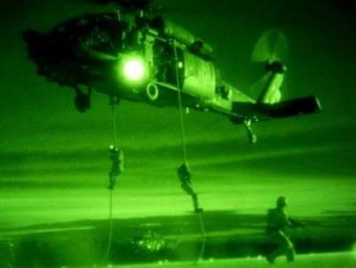 مقتل قيادات من القاعدة وعدداً من الأطفال والنساء  في إنزال جوي لقوات أمريكية خاصة بالبيضاء