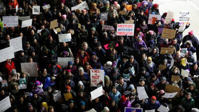 احتجاجات في الولايات المتحدة ضد قرارات ترامب بخصوص الهجرة