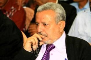 د. عبدالله العزعزي : اعقلوها وتوكلوا