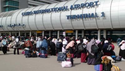 أمن مطار القاهرة يحتجز 5 سعوديات والسفارة تتدخل