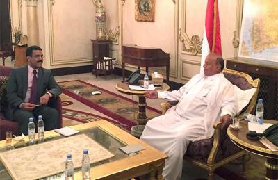 الرئيس هادي في حوار صحفي يهاجم الرئيس السابق صالح ويقول أنه ضحى بأخيه وأحفاده من أجل اليمن الإتحادي ( تفاصيل الحوار)