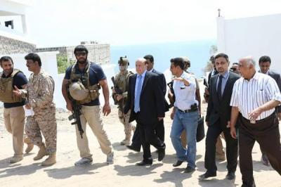 القاعدة تختطف أحد الضباط  من حرس الرئيس هادي