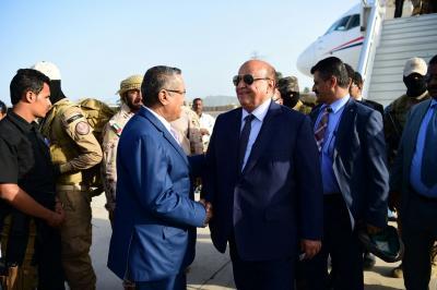 الرئيس هادي يعود إلى عدن ( صور)