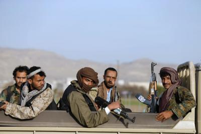 صحيفة سعودية تكشف عدد القتلى من الحوثيين وقوات صالح من محافظة ذمار منذ بدء الحرب