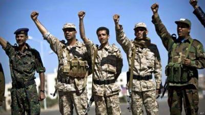 """إعلامي مقرب من الرئيس السابق """" صالح """" ينتقد الحوثيين على خلفية الدورات """" الثقافية """" التي تدرس للمقاتلين"""