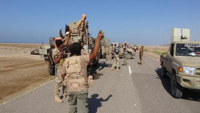 """قوات الجيش والمقاومة تحكم سيطرتها على منطقة """" يختل """" في المخا وتقترب من مديرية موزع"""