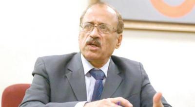 """مسؤول بوزارة الدفاع يكشف كيف كان يتعامل الرئيس السابق """" صالح """" في إدارة الوزارة ومؤسساتها"""