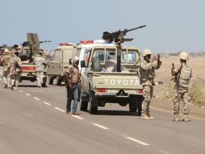 الجيش والمقاومة على مشارف معسكر خالد وتقدم بإتجاه أولى مناطق الحديدة