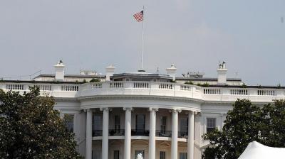 البيت الأبيض يجدد دفاعه على عملية الإنزال في اليمن ويرد على والد الجندي الأمريكي القتيل