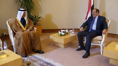 الفريق علي محسن الأحمر يلتقي السفير الإماراتي لدى اليمن